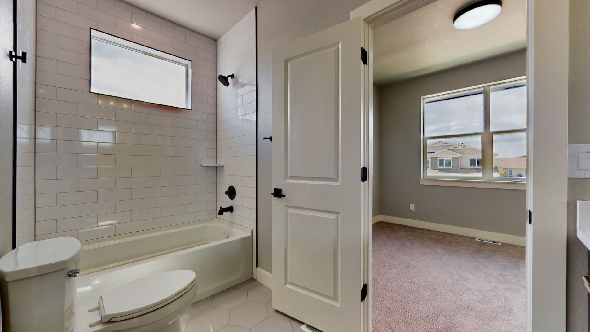 5528 Long Dr Timnath, CO 80547